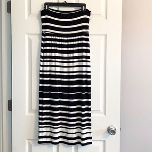 Athleta Black & White Stripe Maxi Skirt